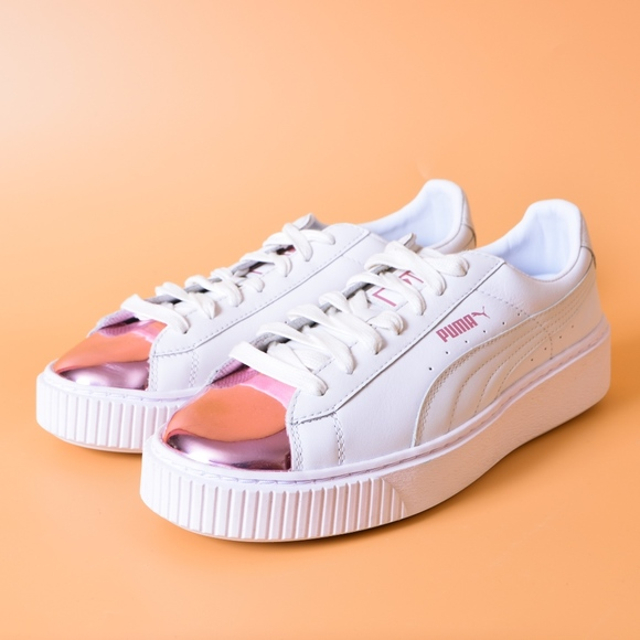 sports shoes c33e8 ef25a Puma Basket Platform Metallic White Rose Gold NWT